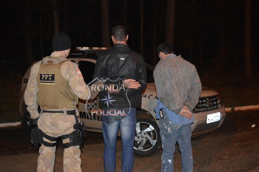 Investigação resulta na prisão de dupla por tráfico de drogas