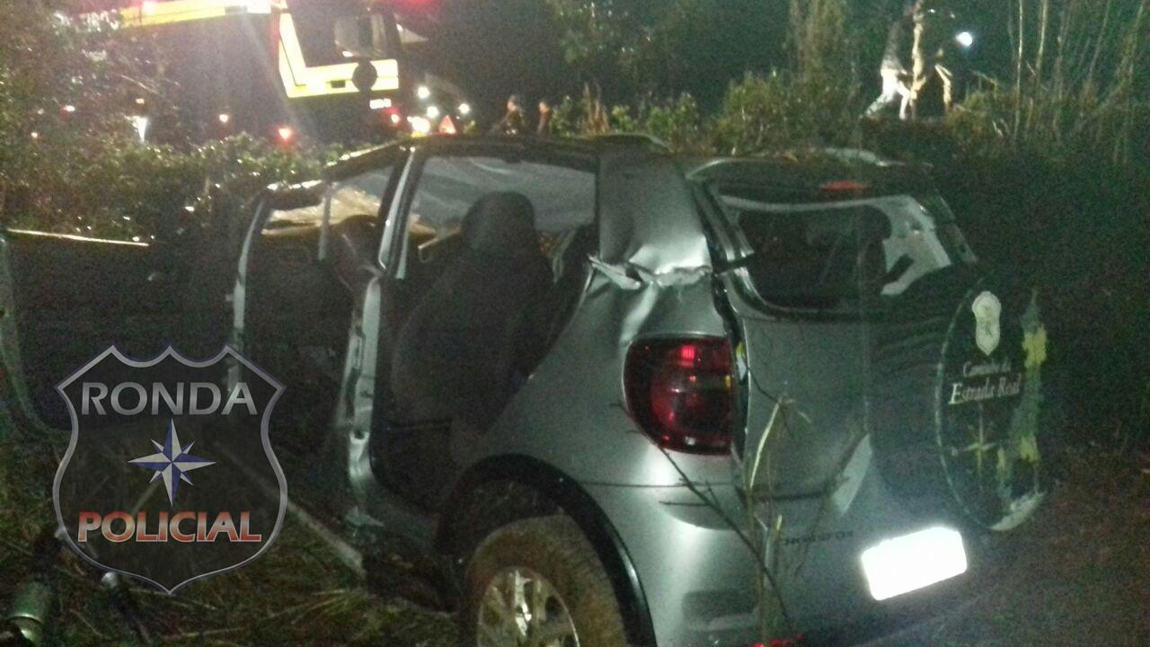 Criança morre em capotamento de veículo