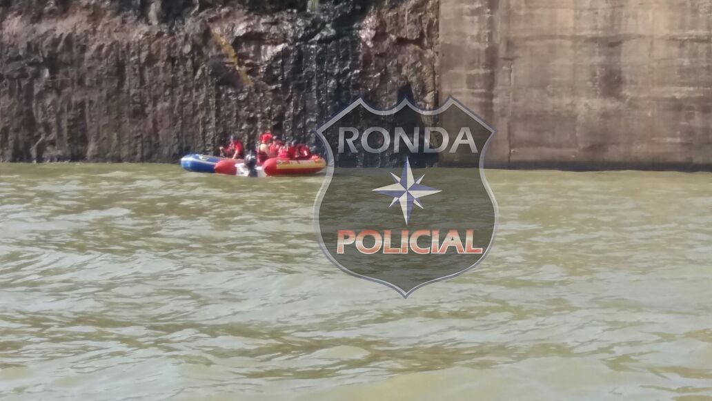 Bombeiros programam mega operação subaquática para localizar desaparecidos