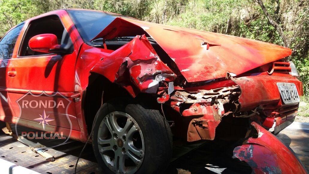 PRF registra colisão traseira na BR-282
