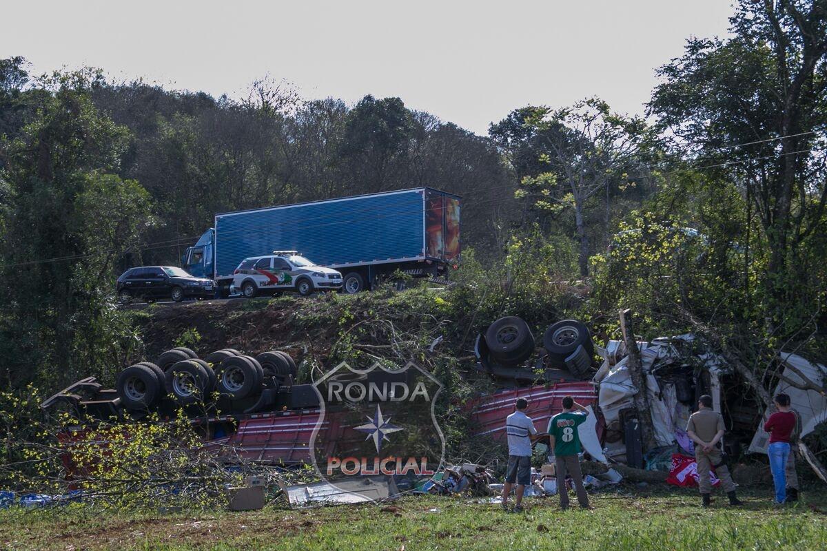 Caminhoneiro morre em greve acidente na BR-158