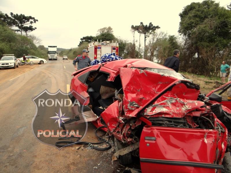 Uma pessoa morre e quatro ficam feridas em grave acidente