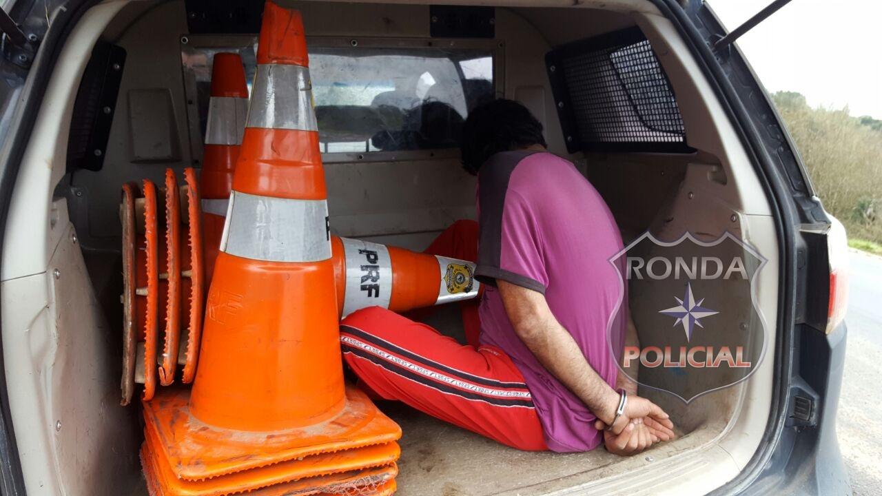 Candidato a vereador é preso por saquear carga de caminhão