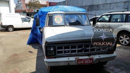 Polícia apreende carga de vinho contrabandeada