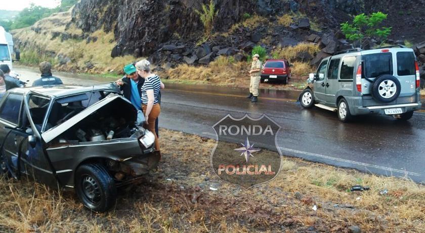 Uma pessoa morre e duas ficam feridas em grave acidente