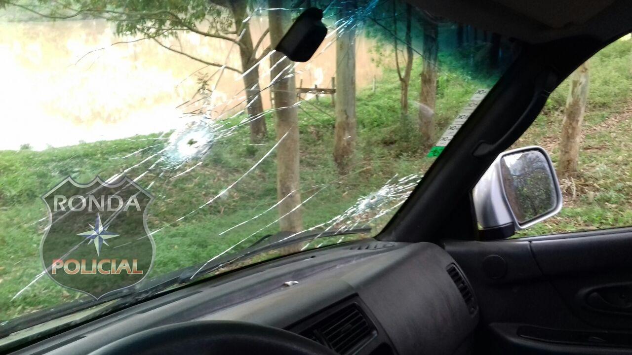 Quadrilha troca tiros com a polícia durante assalto em propriedade rural