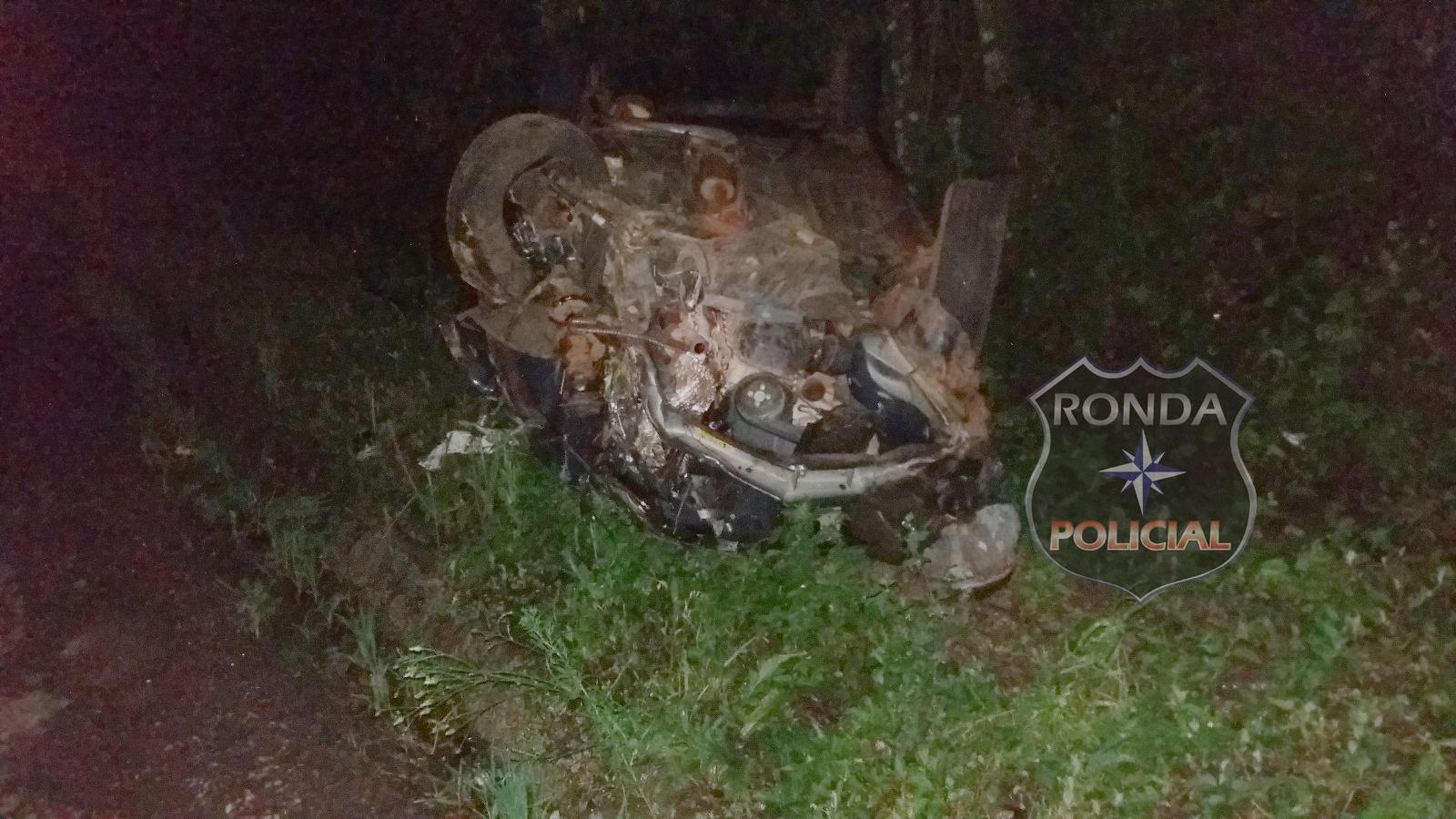 Homem morre ao capotar carro de Xanxerê na BR-282