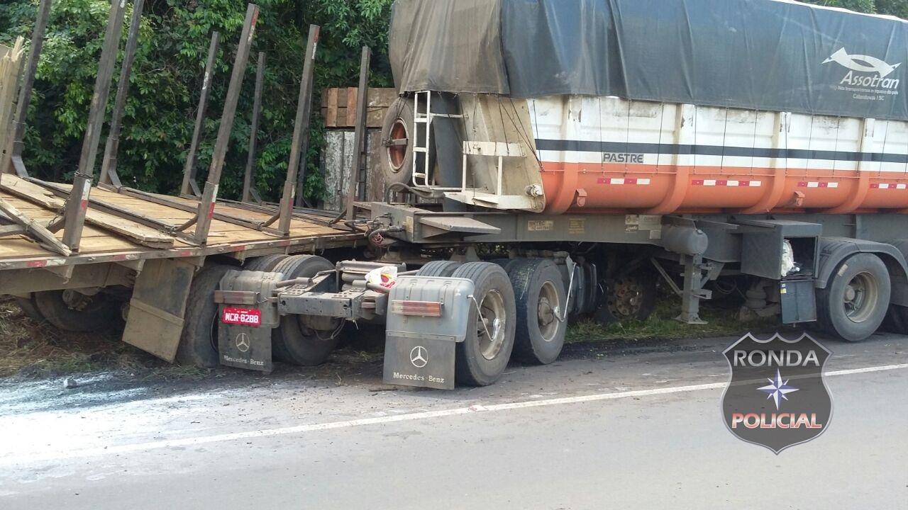 Caminhoneiro perde o controle e colide em carreta na 282