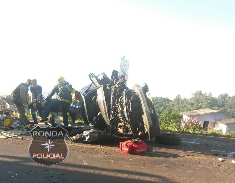 Sete pessoas ficam feridas em grave acidente na BR-282