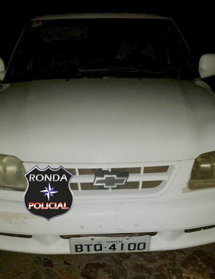 Camioneta furtada em Xanxerê é recuperada pela polícia com foragido da Justiça