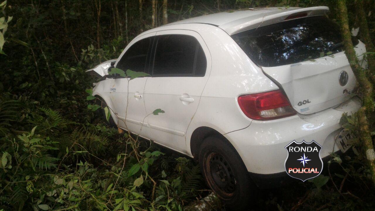 Motorista de Xanxerê fica ferido em saída de pista na 282