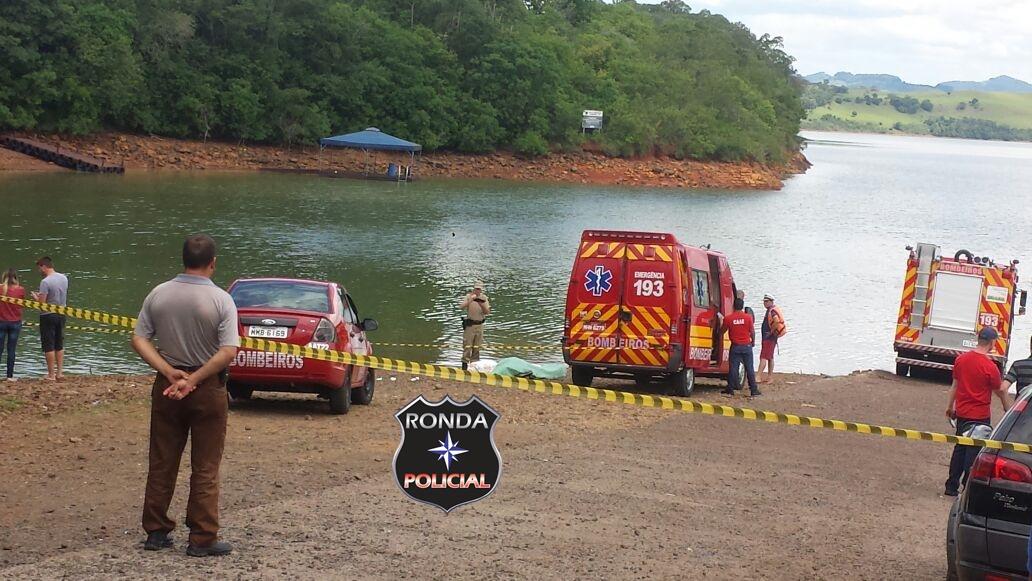 Veículo cai em rio e casal morre afogado
