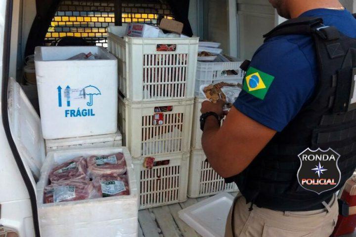PRF apreende mais de 60 kg de carne suína sendo transporta sem refrigeração em rodovia