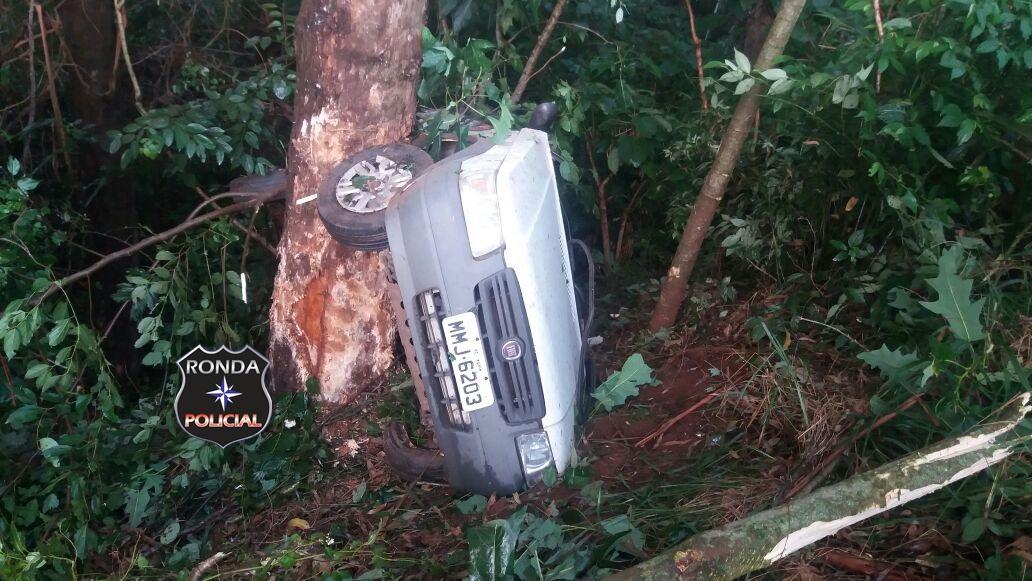 Acidente com carro de Xaxim deixa três feridos na BR-282