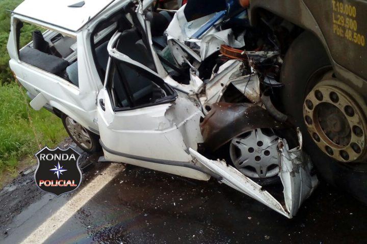 Jornalista morre em grave acidente envolvendo carreta de Chapecó