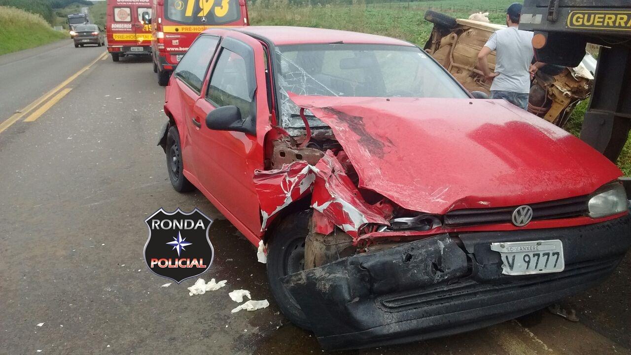 EM PRIMEIRA MÃO – Sete pessoas ficam feridas em engavetamento envolvendo carro de Xanxerê