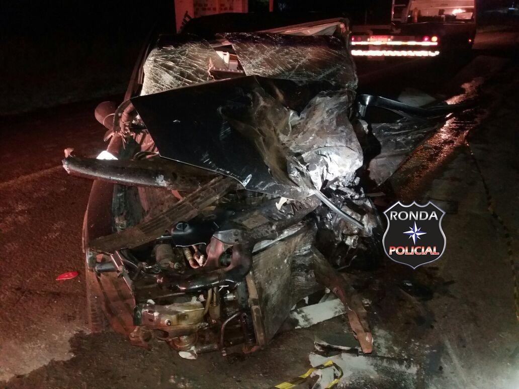 Duas pessoas morrem em grave acidente na BR-282 durante a madrugada