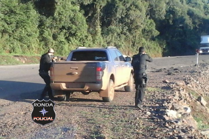 EXCLUSIVO – Veículo tomado de assalto em Arvoredo é localizado no interior de Xanxerê