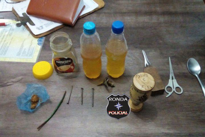 Drogas, bebidas e arma branca são apreendida durante pente fino realizado em presídio