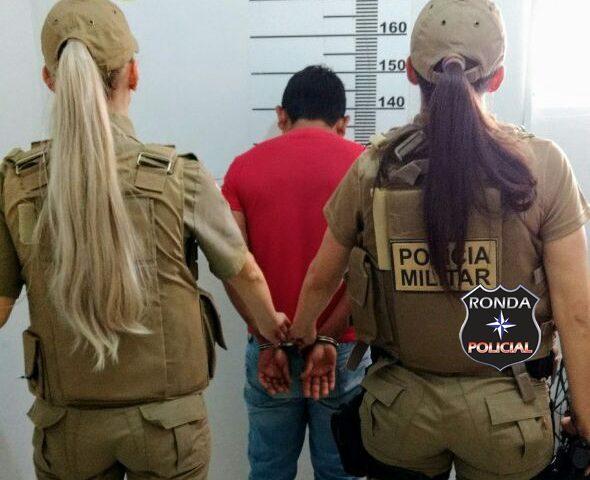 Policiais femininas cumprem mandado de prisão no interior