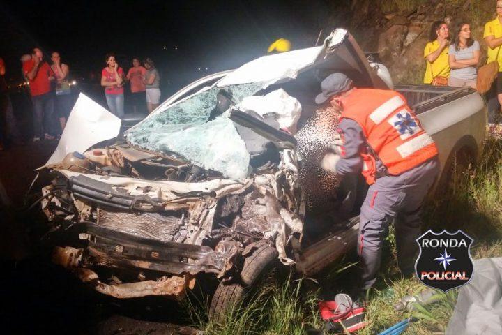 Homem morre em grave acidente de trânsito depois de matar a própria esposa a facadas