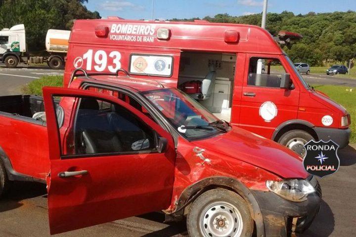 Duas pessoas ficam feridas na 282 em violenta colisão envolvendo veículo de Xanxerê