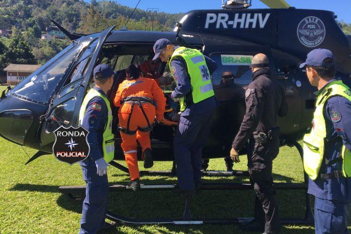 Mulher é transferida para Chapecó após sofrer queda de escada