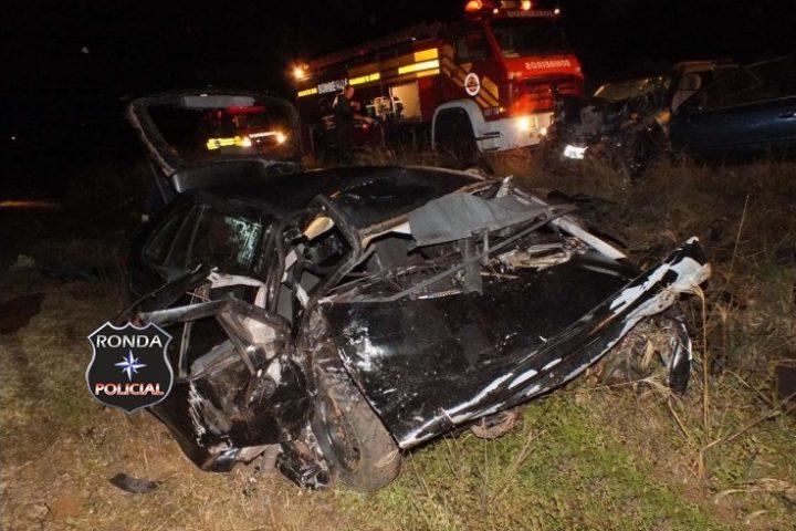 Quatro pessoas morrem e outras duas ficam gravemente feridas em acidente no início da noite