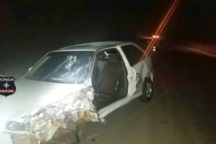 Motorista fica gravemente ferido ao colidir em carreta na BR-282