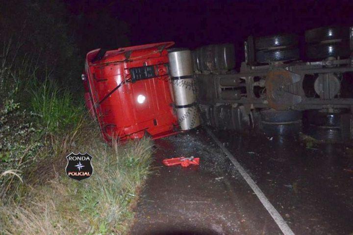 Caminhoneiro chapecoense morre em grave acidente no Rio Grande do Sul