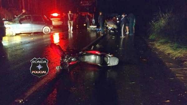 Engavetamento deixa três pessoas feridas na SC-480