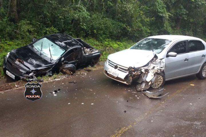Violenta colisão deixa motorista ferido na SC-283