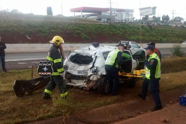 Violenta colisão registrada no acesso a Chapecó deixa duas pessoas feridas