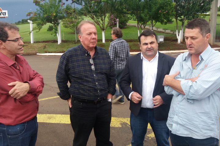 Presidente do DEINFRA visita SC-157 em Quilombo