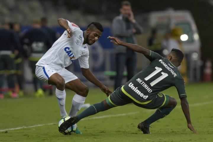 Com foco no Avaí, Chape perde a primeira das oitavas da Copa do Brasil para o Cruzeiro fora de casa