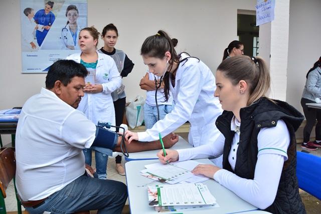 ADR Xanxerê realiza Dia de Ação Social em Entre Rios