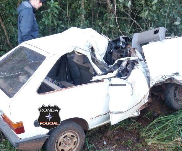 Idoso morre depois de colidir em caminhão na SC-283