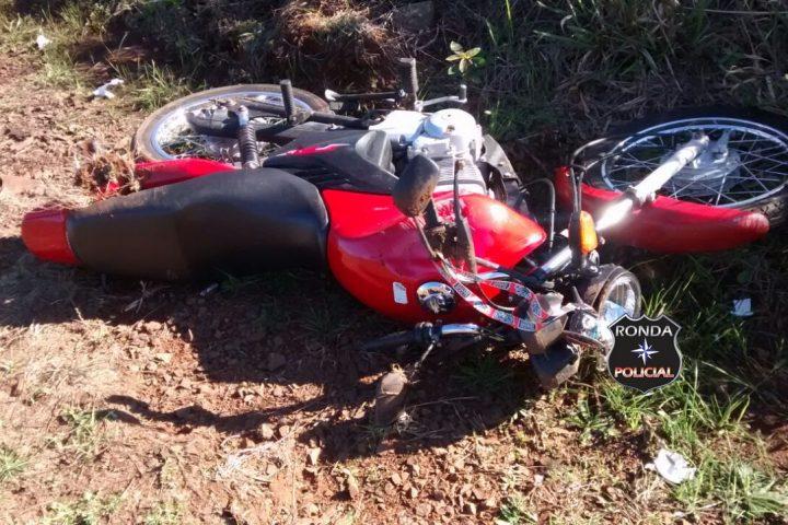 Três pessoas ficam feridas em grave acidente no interior de Faxinal dos Guedes