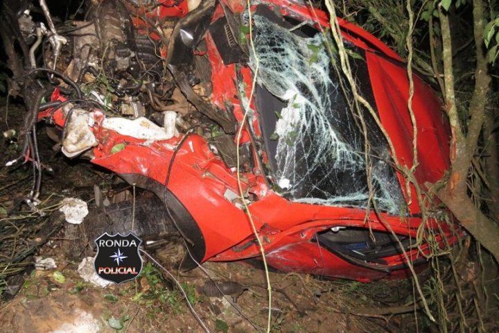 Jovem sobrevive a grave acidente durante a noite