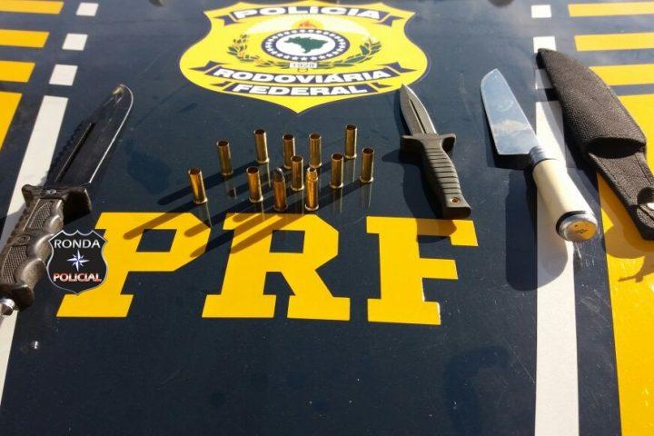 PRF apreende armas e munições em abordagem na 282