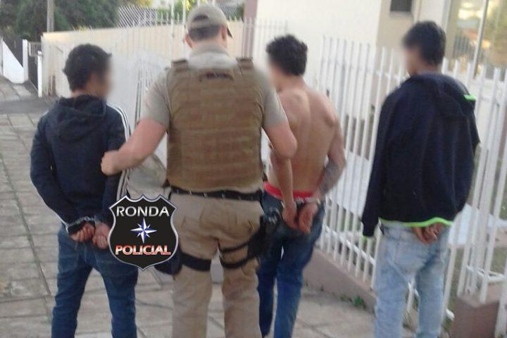 Trio é preso em flagrante ao tentar arrombar residência em Faxinal dos Guedes