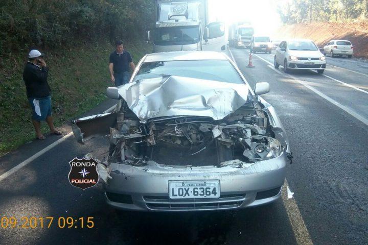 Motorista fica ferido em engavetamento na 282 em Faxinal dos Guedes