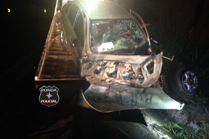 Motorista fica gravemente ferido em acidente na 282