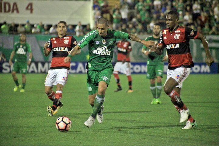 Fora de casa Chape busca classificação para próxima fase da Sul-Americana