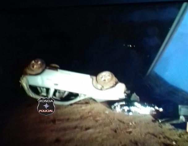 Jovem morre em capotamento na BR-282 durante a madrugada