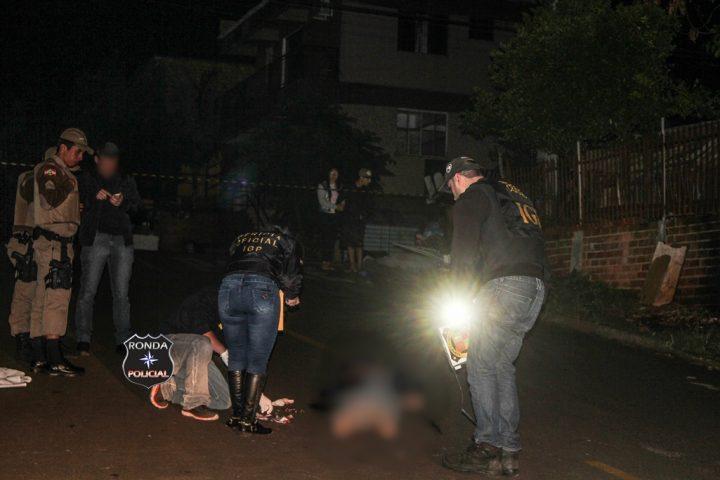 Jovem acaba morto a tiros depois de assaltar bar durante a noite