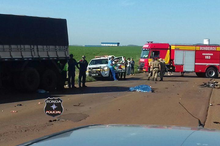 FOTOS E VÍDEO: Motociclista fica decapitado ao colidir em carreta na SC-155 em Abelardo Luz