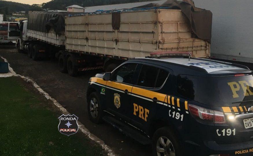 PRF apreende carreta carregada de cigarro na 282 em Ponte Serrada