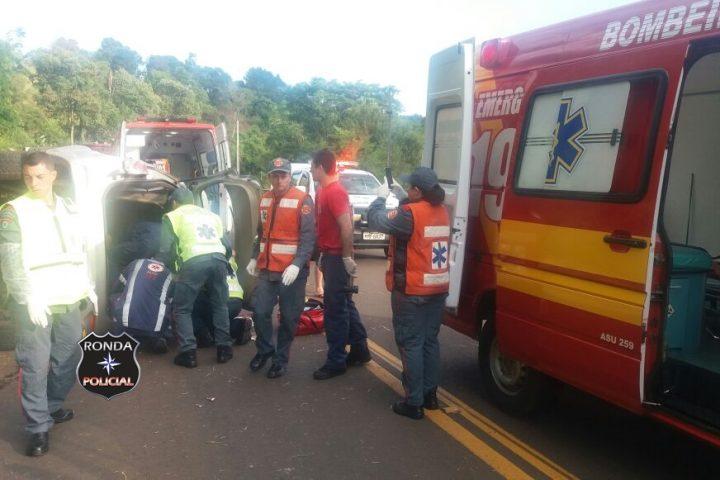 Capotamento deixa motorista ferido na SC-157