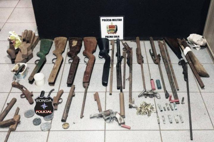 PM apreende grande quantidade de armas, acessórios e munições